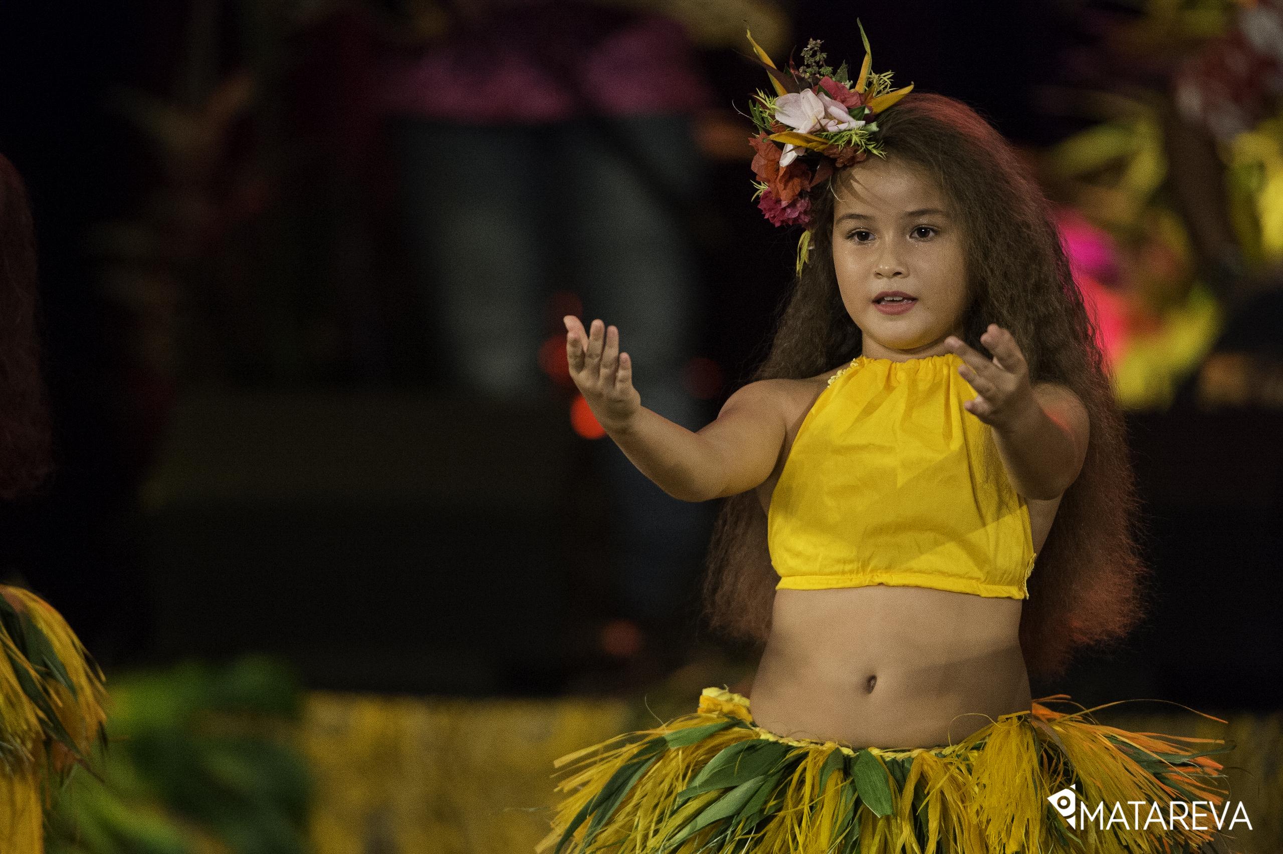 HANA_PUPU_ORI_TAHITI